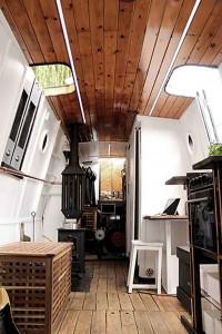 houseboat-2