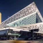 ชมตึกระฟ้าใหม่ที่ได้รับรางวัลอาคารสูงยอดเยี่ยมของโลกแห่งปี 2016