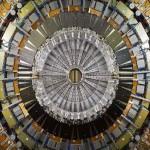 จะค้นพบอนุภาคใหม่หรือไม่ สำหรับการเดินเครื่องเร่งอนุภาค LHC ในปี 2016