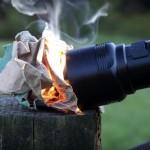 FlashTorch Mini ไฟฉายขนาดเล็กแต่ให้พลังสูงมากขนาดใช้จุดไฟได้