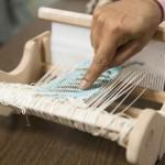 นักวิจัยพัฒนาผ้าที่ผลิตและเก็บไฟฟ้าไว้ได้ ด้วยแรงบันดาลใจจากหนังดัง