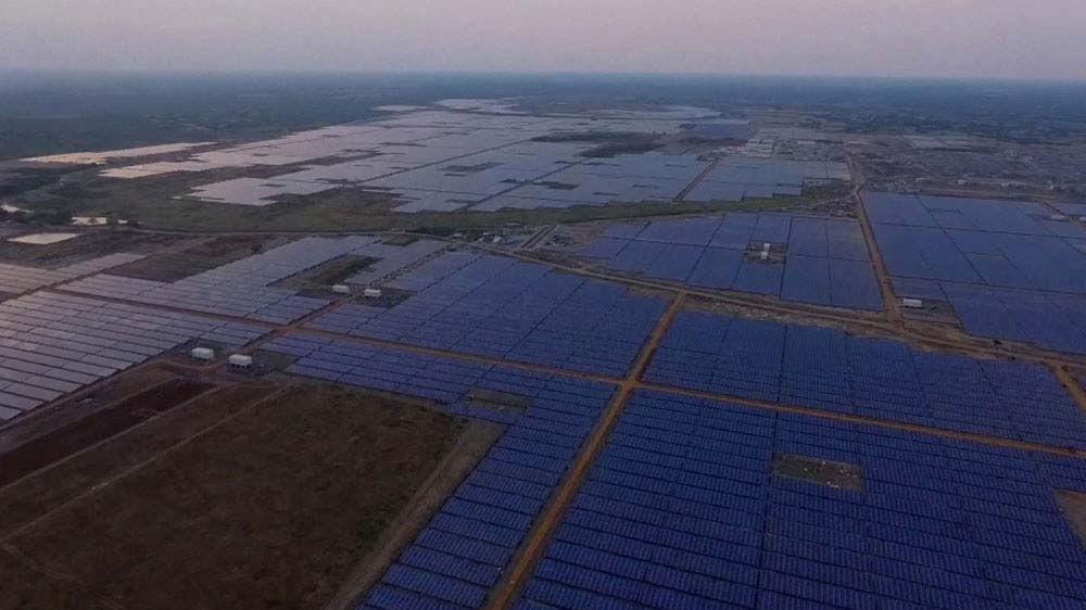 india-largest-solar-power-plant-2