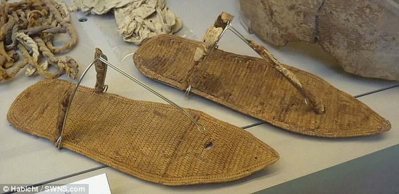 mystery-mummified-legs-7