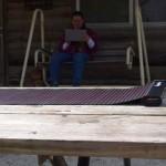 LightSaver แบตสำรองชาร์จด้วยพลังงานแสงอาทิตย์ ม้วนเก็บได้ พกพาสะดวก
