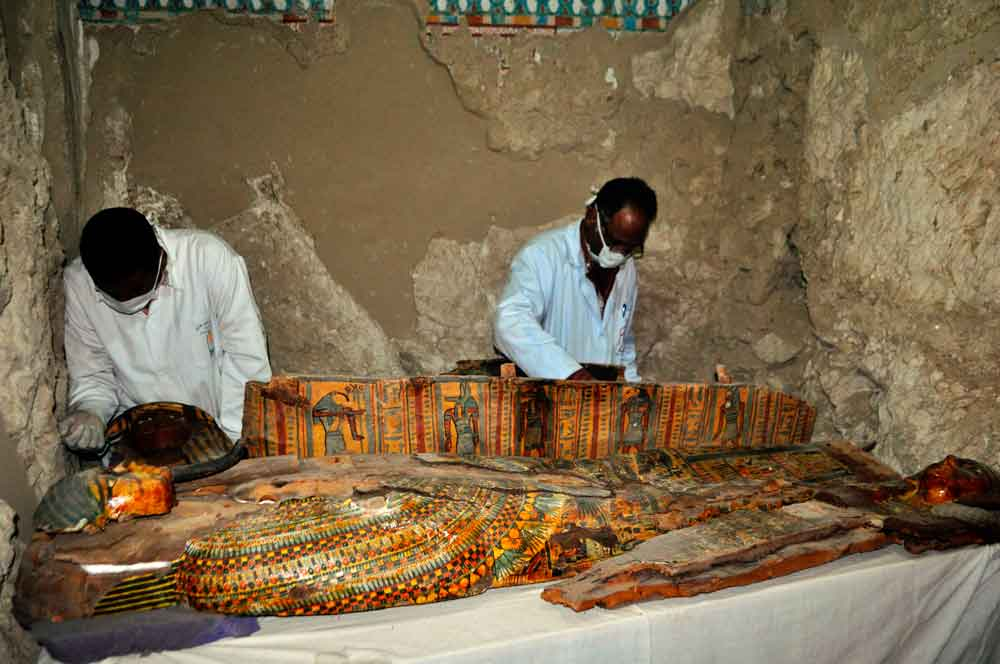 3500-years-egyptian-mummies-discovery-2