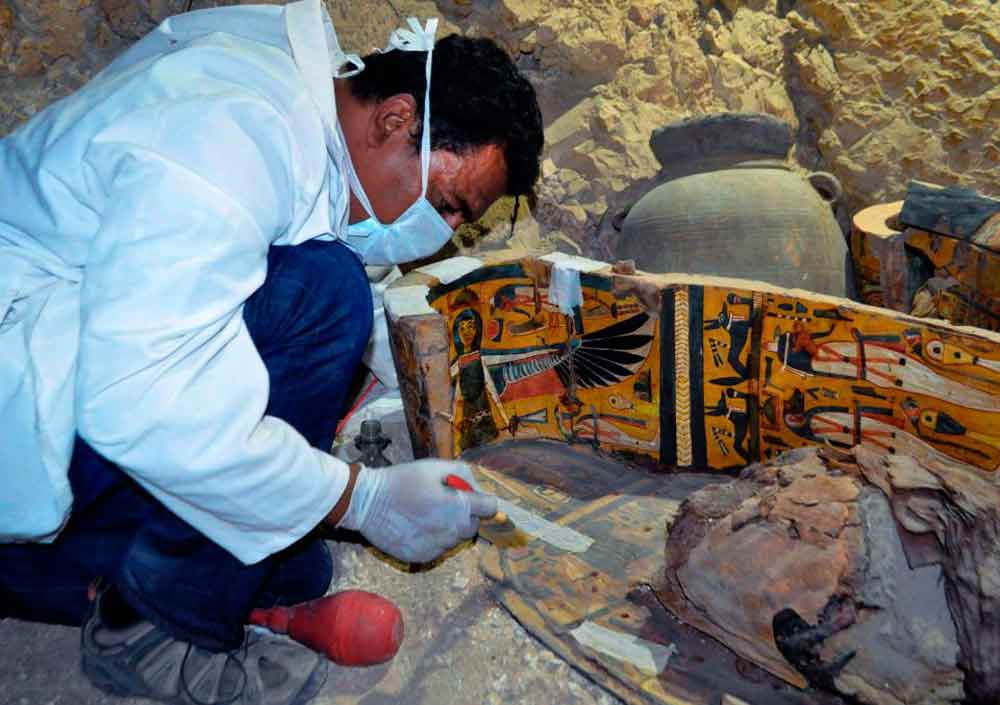 3500-years-egyptian-mummies-discovery-5