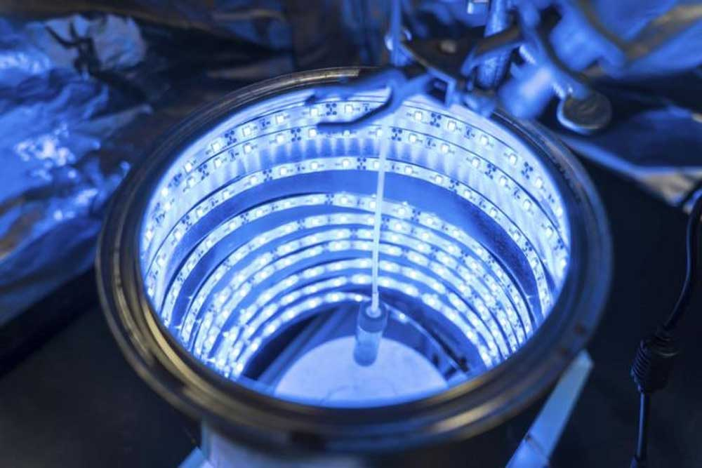 artificial-photosynthesis-turn-co2-to-fuel-2