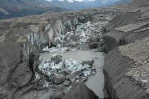 canada-river-vanish-3