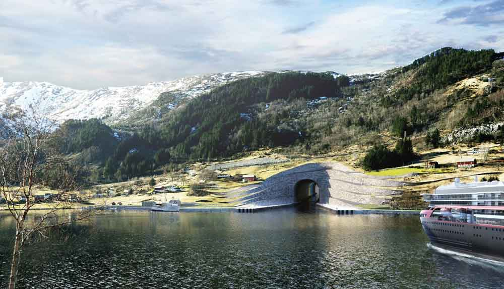 norway--first-ship-tunnel-2
