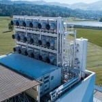เครื่องจับก๊าซ CO2 ระดับอุตสาหกรรมเครื่องแรกของโลกเริ่มเดินเครื่องแล้ว