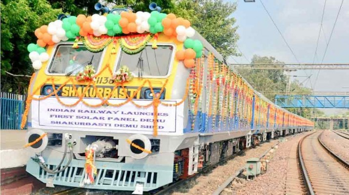 indian-railways-solar-demu-train-1