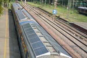 indian-railways-solar-demu-train-2