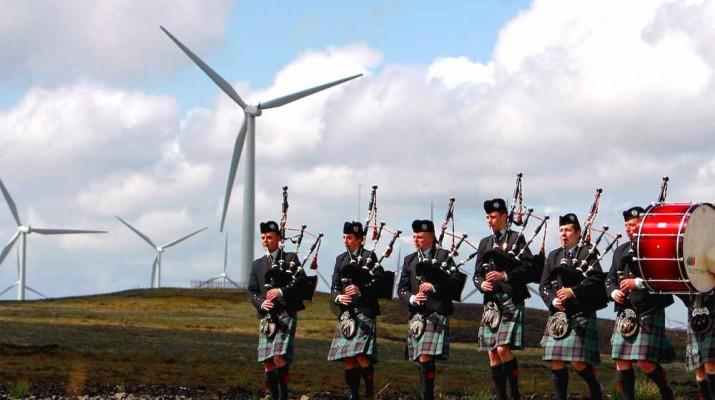 scotland-wind-power-break-record-1