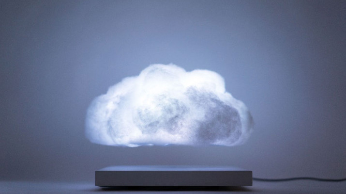 richard-clarkson-floating-cloud-1