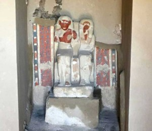 egyptian-archaeologists-find-goldsmith-3,500-year-old-tomb-2