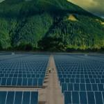 ต้นทุนผลิตไฟฟ้าด้วยแผงโซลาร์เซลล์ทั้งระบบในสหรัฐลดลง 30% ภายในปีเดียว
