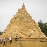 ปราสาททรายแสนสวยที่สูงที่สุดในโลกถูกสร้างขึ้นในประเทศเยอรมัน