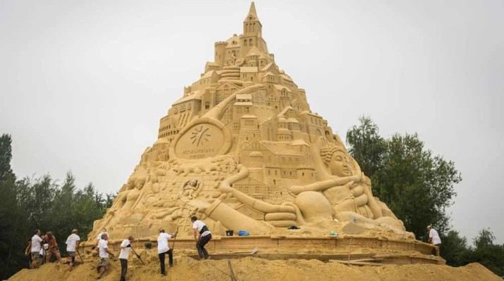 world-tallest-sandcastle-1
