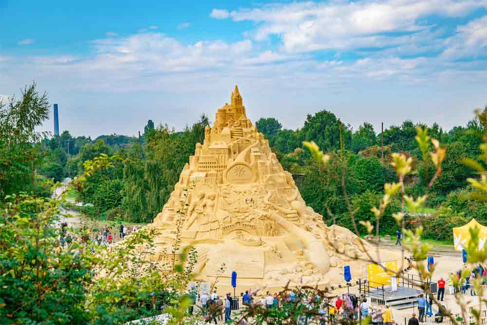 world-tallest-sandcastle-9