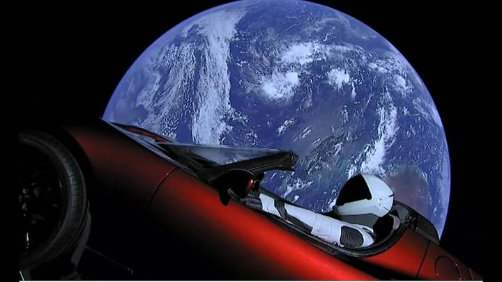 tesla-roadster-is-celestial-object-2