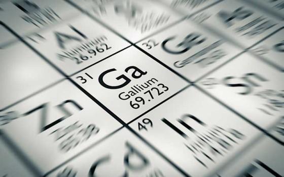 """""""แกลเลนีน"""" วัสดุสองมิติตัวใหม่ทำจากโลหะหลอมเหลว คู่แข่งในอนาคตของกราฟีน"""
