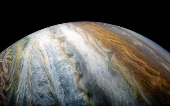 ไขปริศนาใต้เมฆของดาวพฤหัสบดีคืออะไรและมันน่าสนใจกว่าที่คิดไว้
