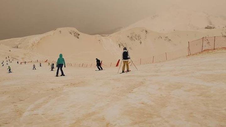 orange-snow-3