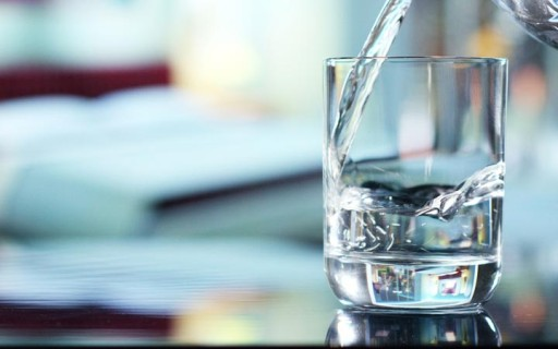 เทคโนโลยีใหม่ผลิตน้ำสะอาดดื่มได้จากน้ำทะเลด้วยแสงอาทิตย์และไฮโดรเจล