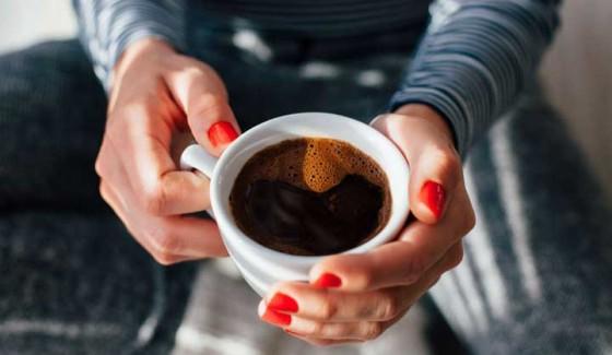 ดื่มกาแฟช่วงเวลาไหนของวันให้ผลดีที่สุดและรู้สึกสดชื่นไปตลอดทั้งวัน