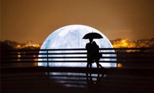 city-light-moon-2