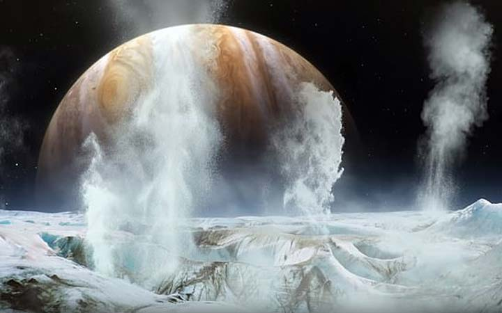 europa-water-plumes-confirmed-1