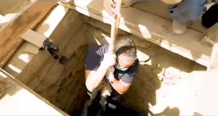 27-sarcophagi-discover-3