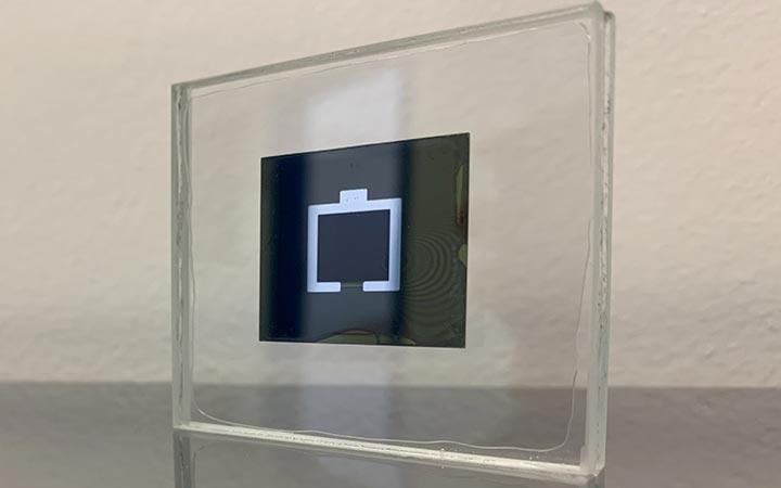 silicon-perovskite-solar-cell-1