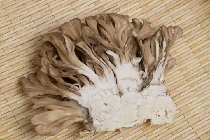 7-surprising-health-benefits-of-mushrooms-02
