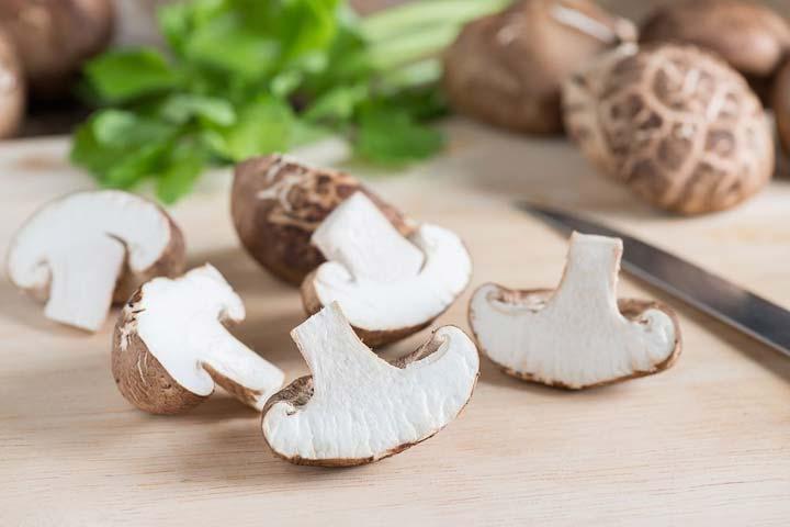 7-surprising-health-benefits-of-mushrooms-03