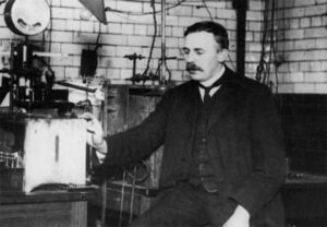 ernest-rutherford-04